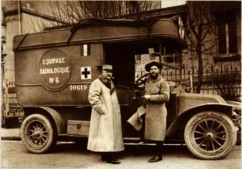 Uno dei camion attrezzati chiamati Petit Curie