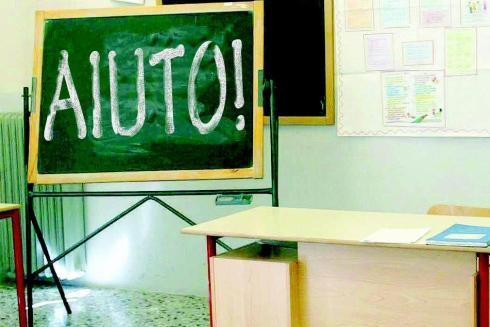 22ott-scuola-tagli-insegnanti-aiuto